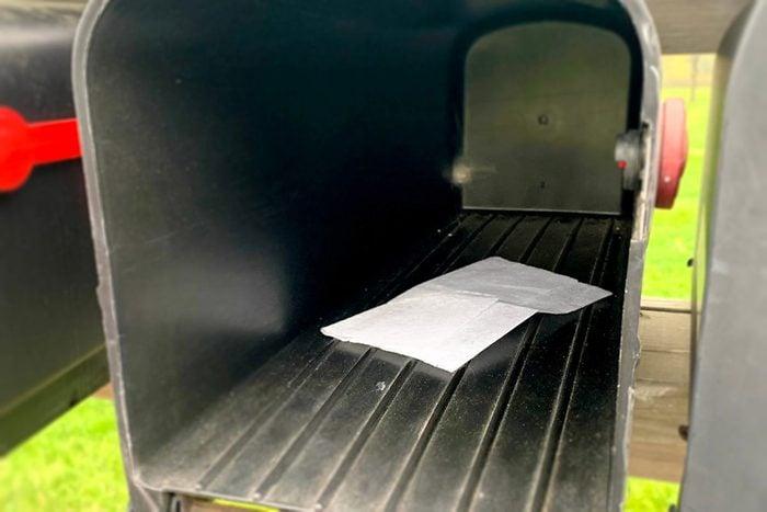 Dryer Sheet In Mailbox Qt 1200x800