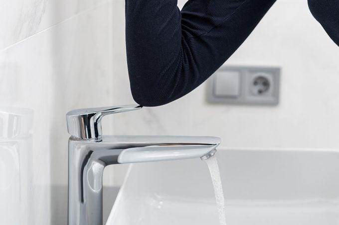 Elbow Faucet Control