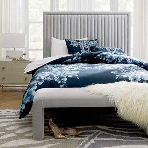 10 Luxurious Bedroom Ideas