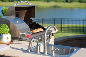 Outdoor Kitchen: What To Know Before You Build One