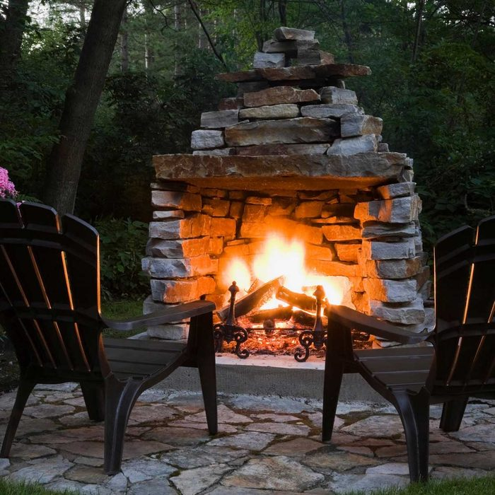 Outdoor Fireplace Gettyimages 470894975