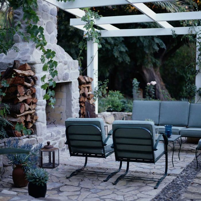 Outdoor Fireplace Gettyimages 92567518