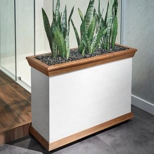 How To Make an Indoor Planter Box