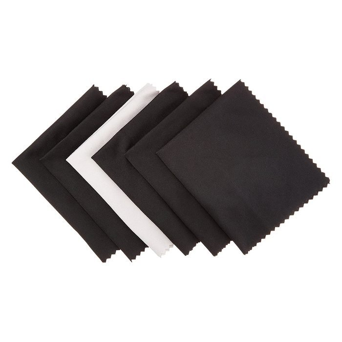 Amazon Basics Microfiber Cleaning Cloth For Electronics