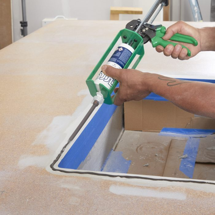 Applying the seam sealer