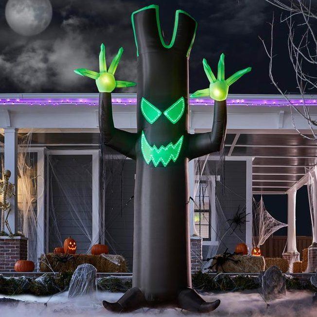 Inflatable Black Tree