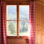 10 Cabin Window Treatments and Ideas
